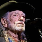 Willie Nelson on stage